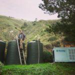 Due giovani inventano una macchina che produce acqua potabile dall'aria